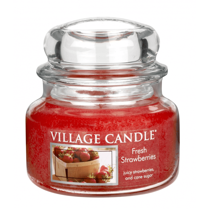 Vonná svíčka ve skle Čerstvé jahody Village candle
