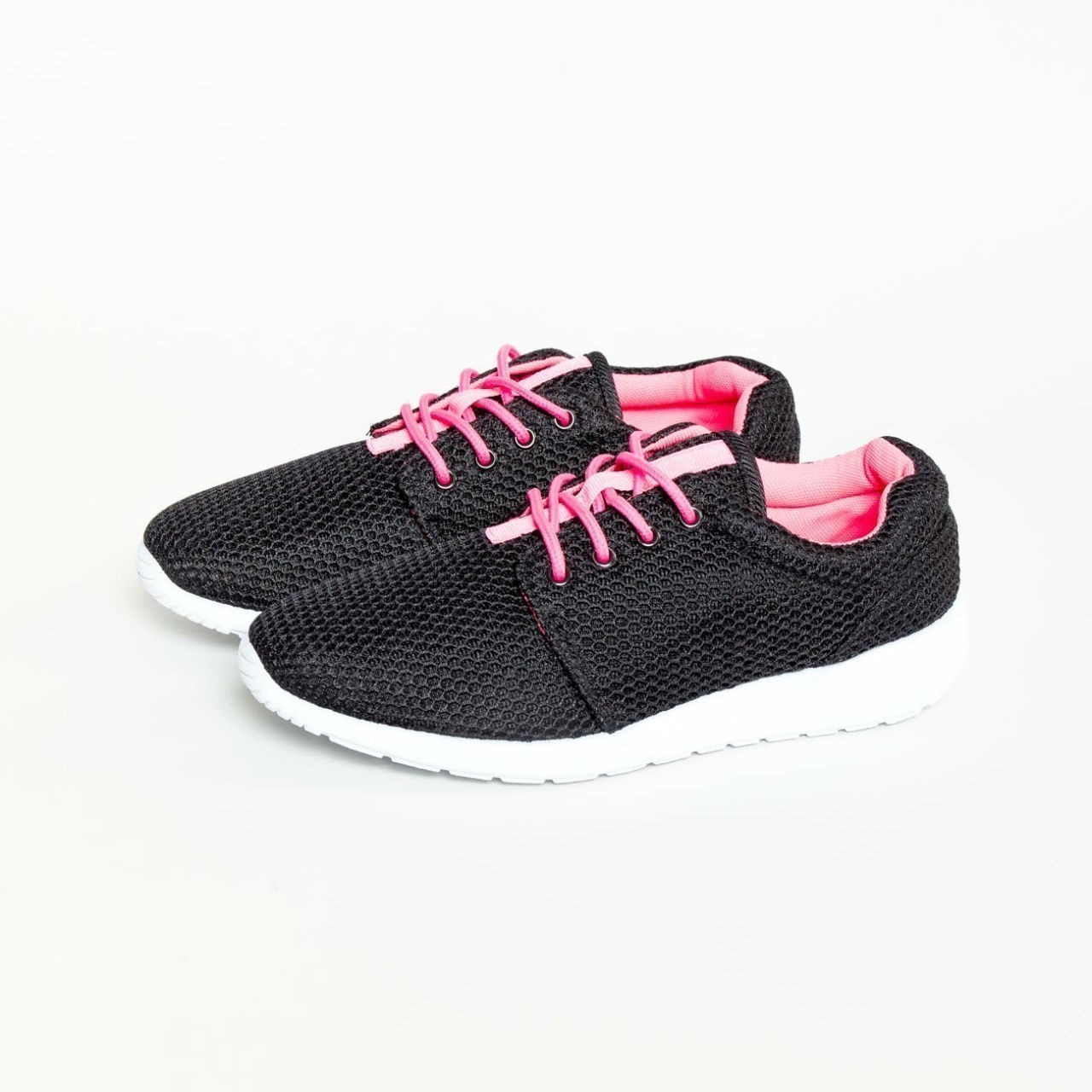 Černé sportovní boty – 37