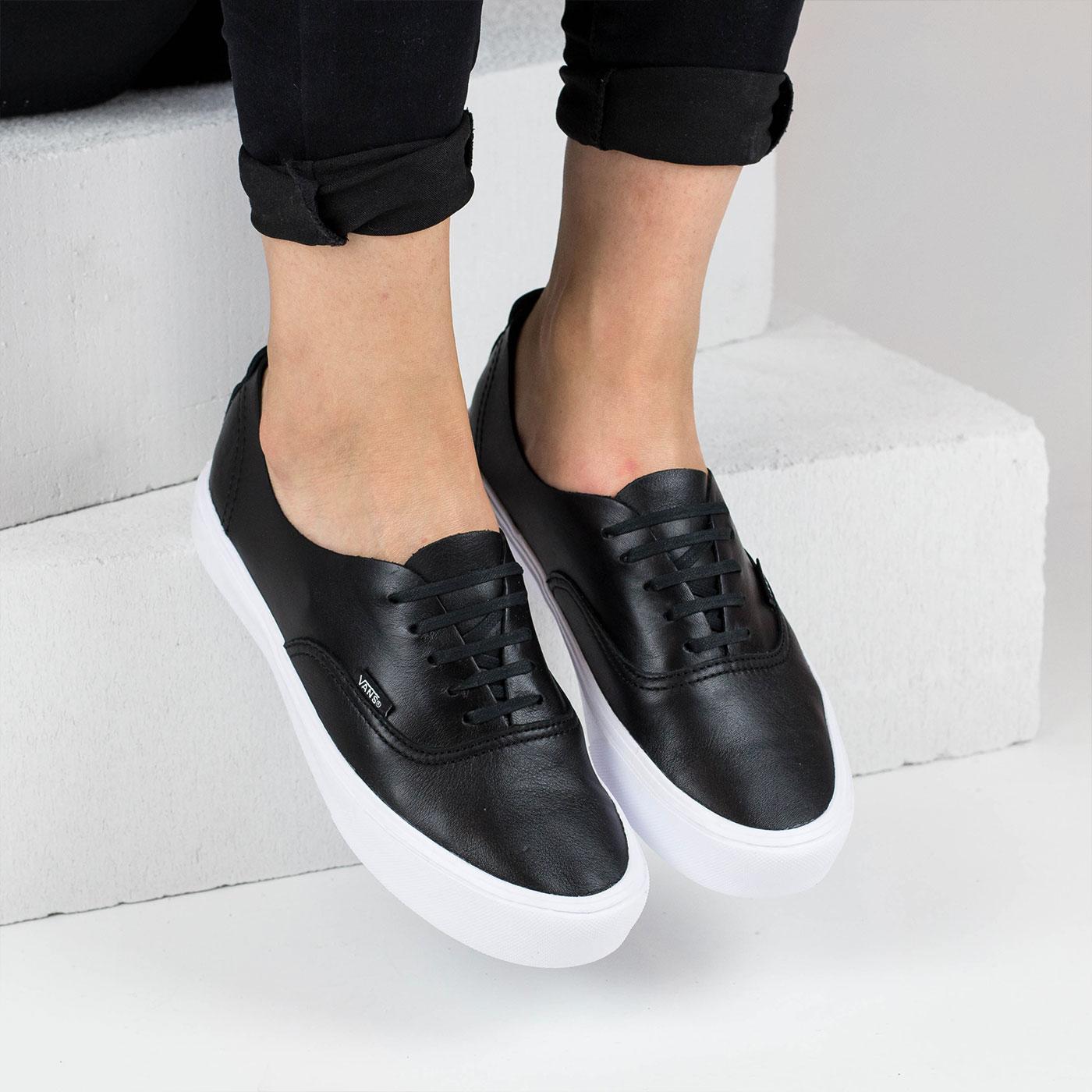 Černé kožené tenisky – AUTHENTIC Black – 39