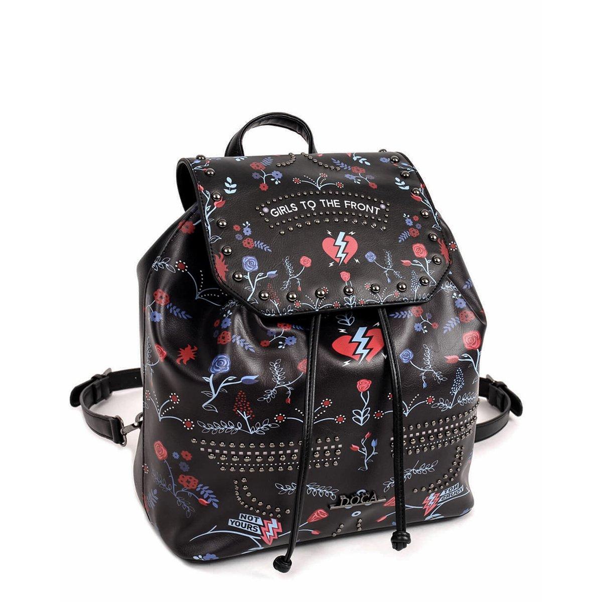 Černý batoh s potiskem – Girls To The Front
