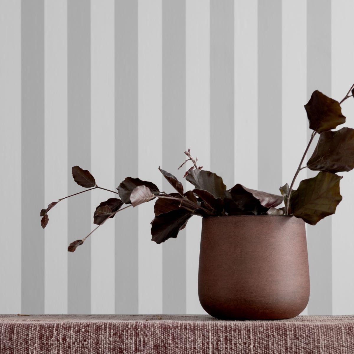 2 ks – Vínové kovové květináče Roughened