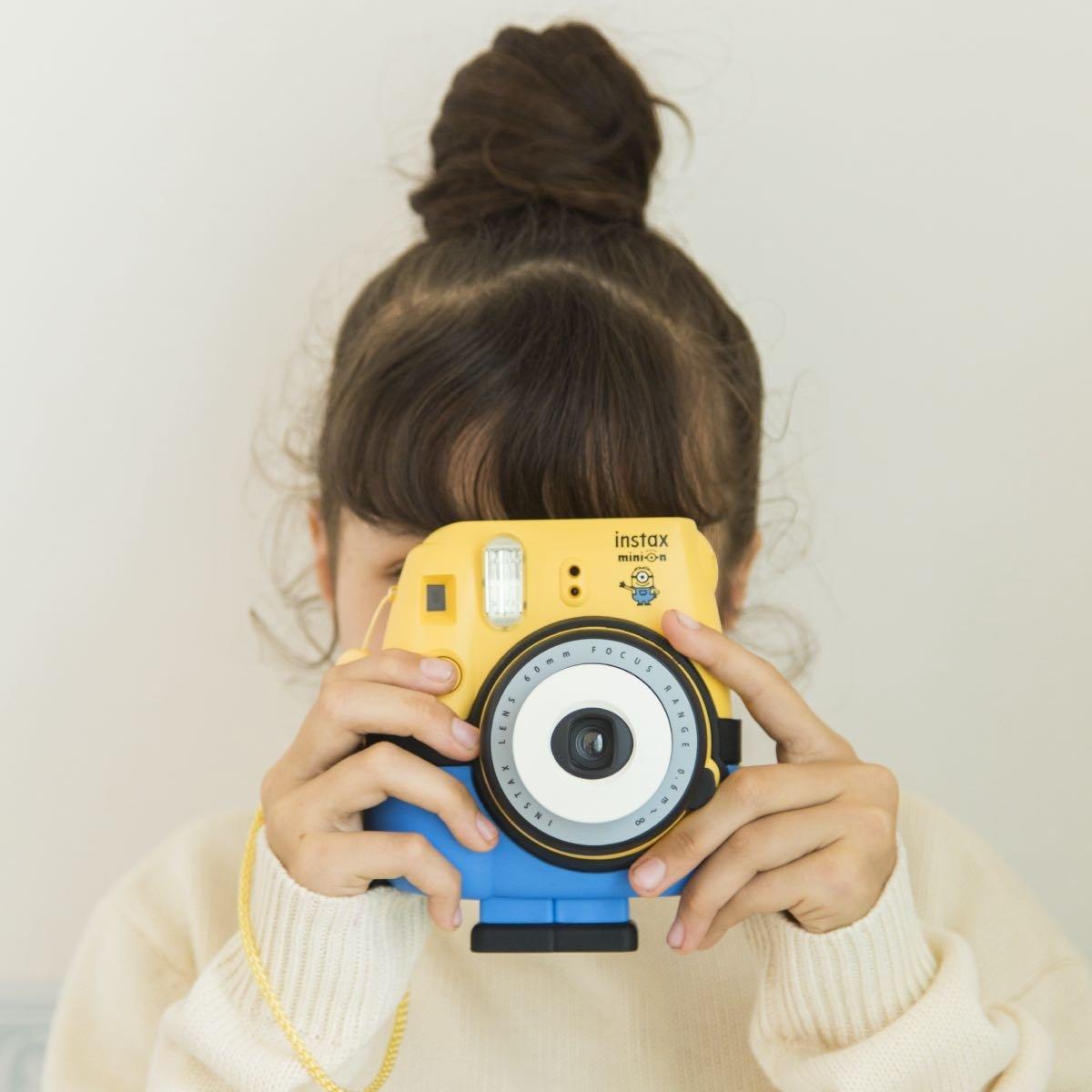 Modro žlutý instantní fotoaparát Mini 8 Minion