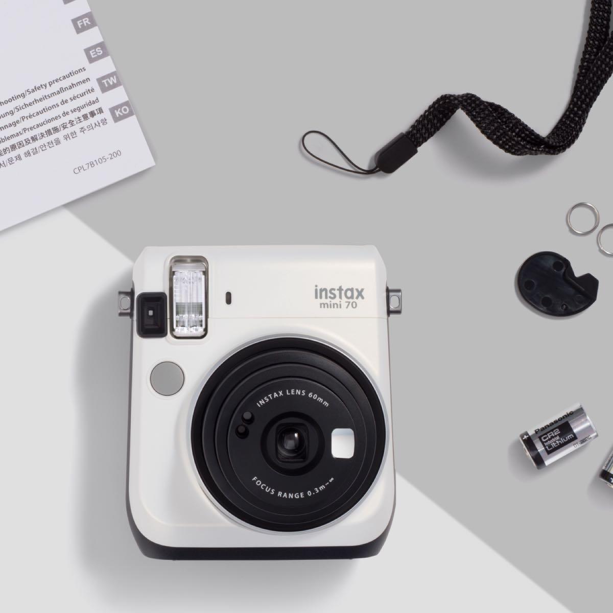 Instantní bílý fotoaparát Mini 70