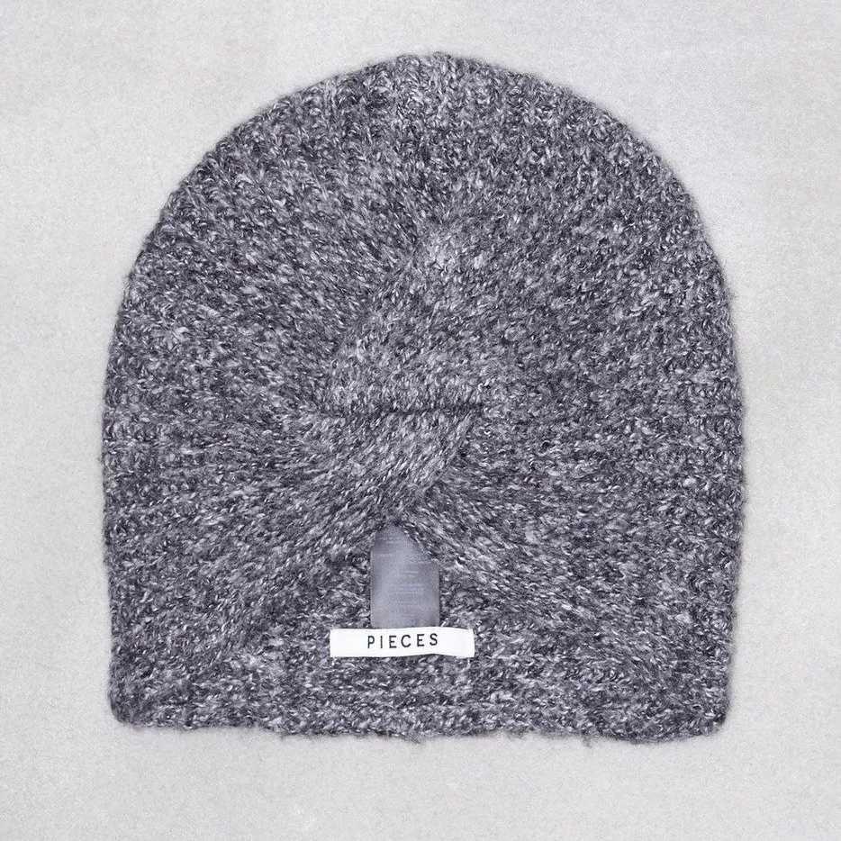 Černá zimní čepice Turban