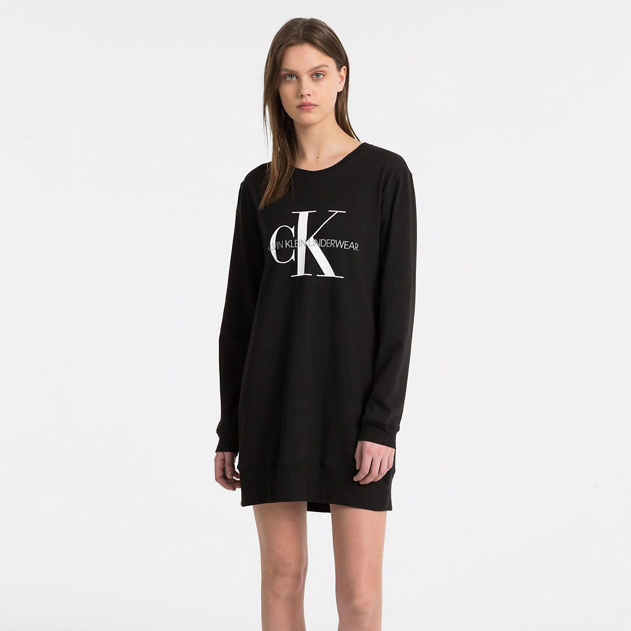 Černá noční košile Monogram – XS