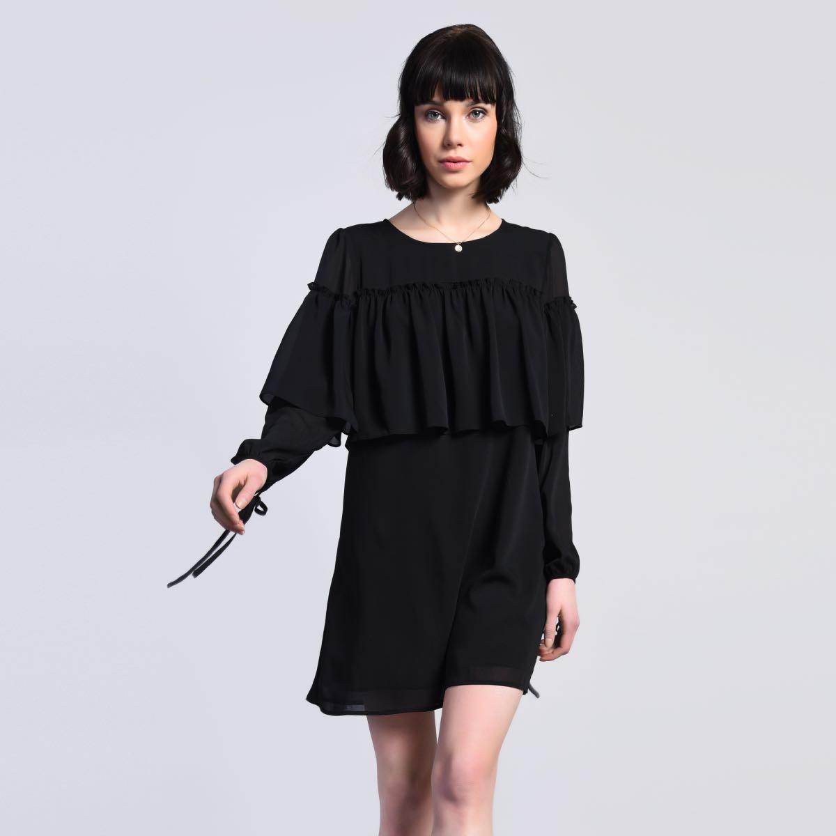 Černé šaty s volánem – M