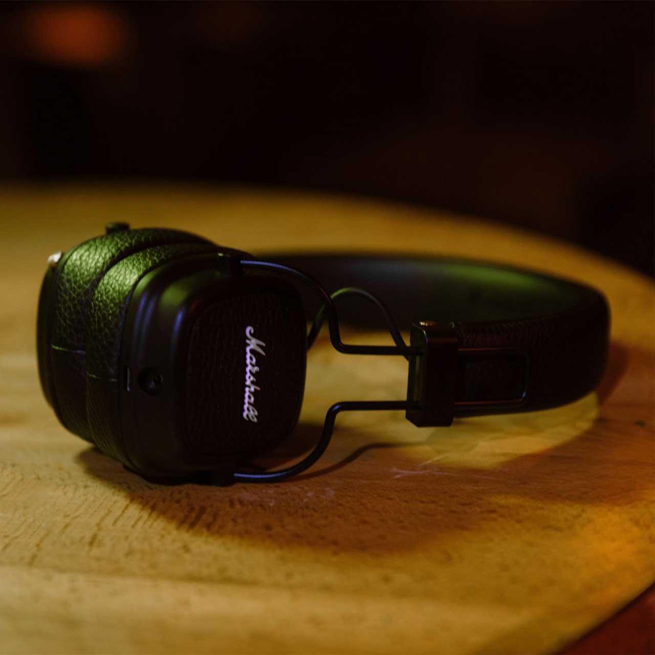 Bezdrátová černé sluchátka Major III Black Bluetooth