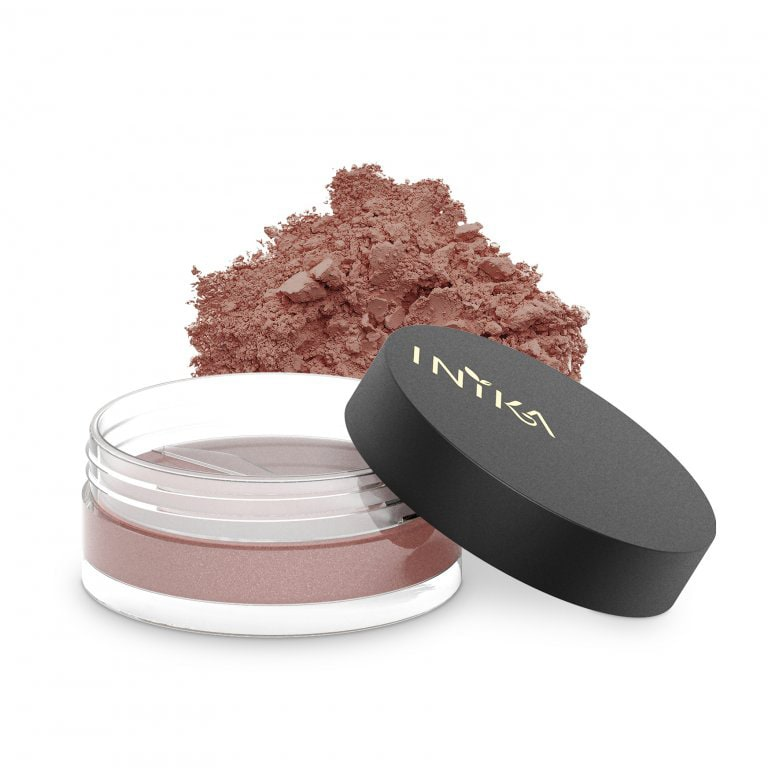 INIKA ORGANIC Sypký rozjasňující pudr Loose Mineral Blush Blooming Nude Red Apple