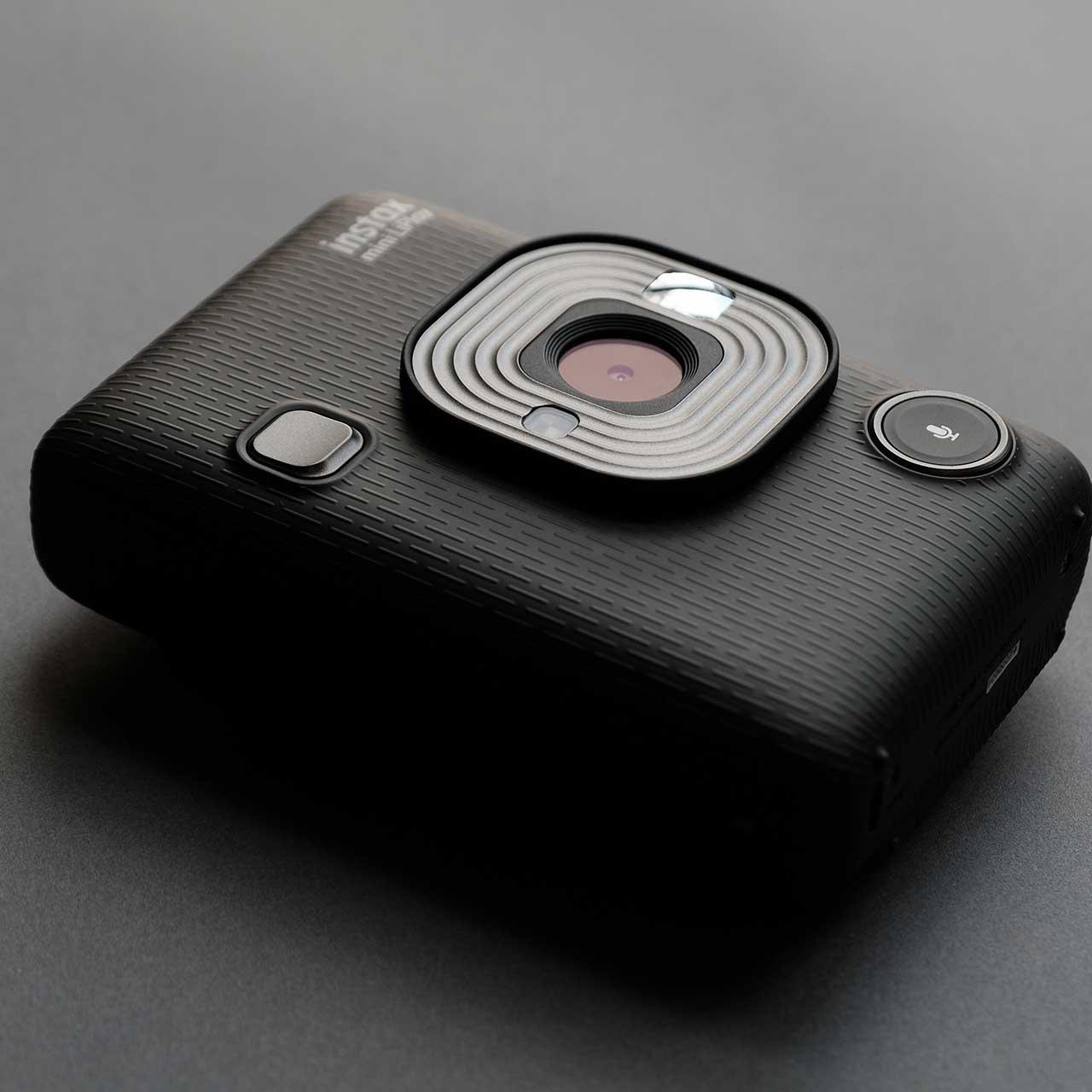 Tmavě šedý instantní fotoraparát Mini LiPlay
