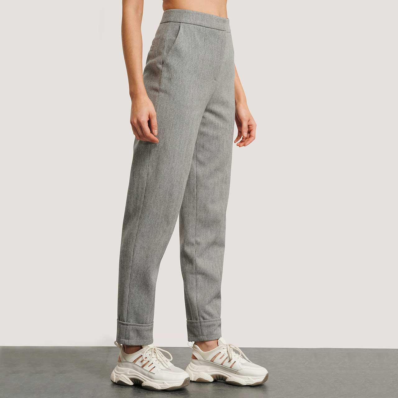 Levně NA-KD Šedé kalhoty – S